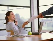 требуется специалист по работе с кадрами и документацией